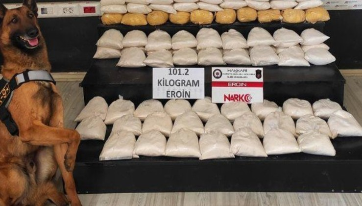 Hakkari'de 101 kilo 200 gram eroin ele geçirildi: Terörün finans kaynağına bir darbe daha...