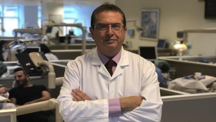 Beş yıllık ömrü kaldığı söylenen profesör akciğer nakli ile hayata tutundu...Şimdi onlarca hayata dokunuyor