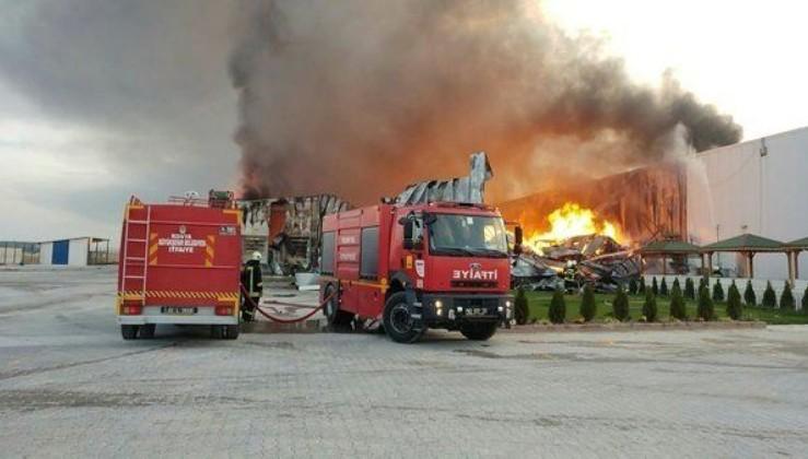 Konya'da fabrika yangını!.
